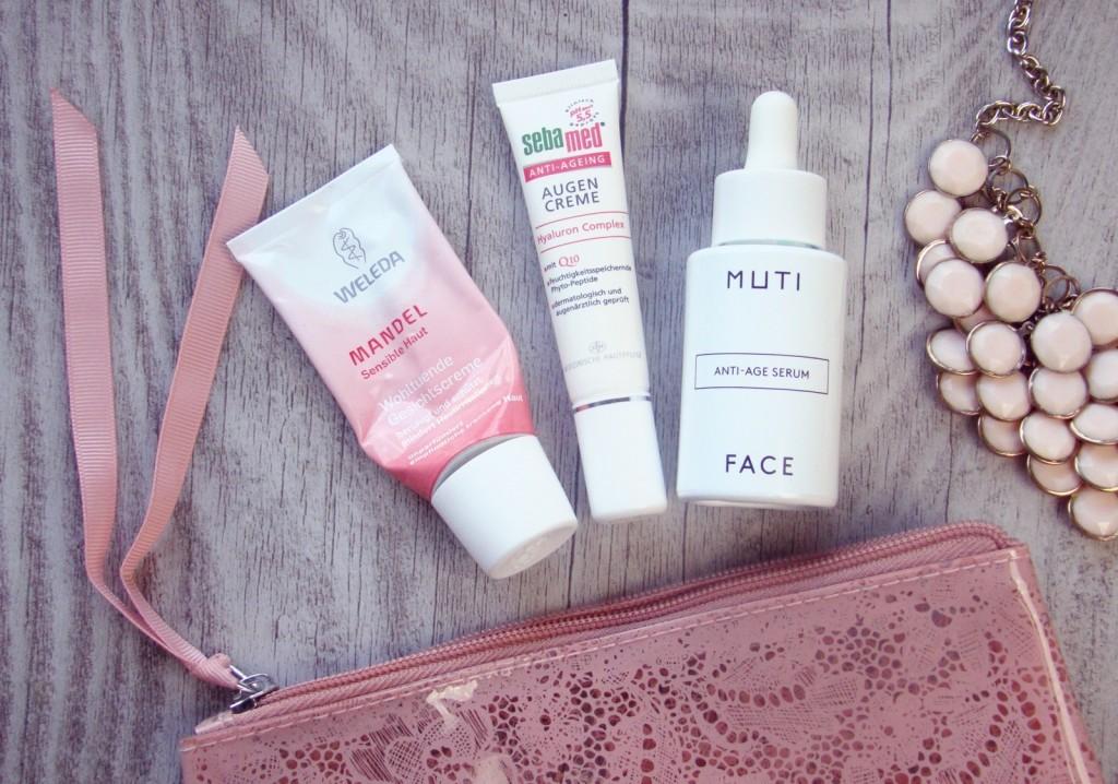 Travel Beauty Glowy Face essentials Muti Weleda Mandel