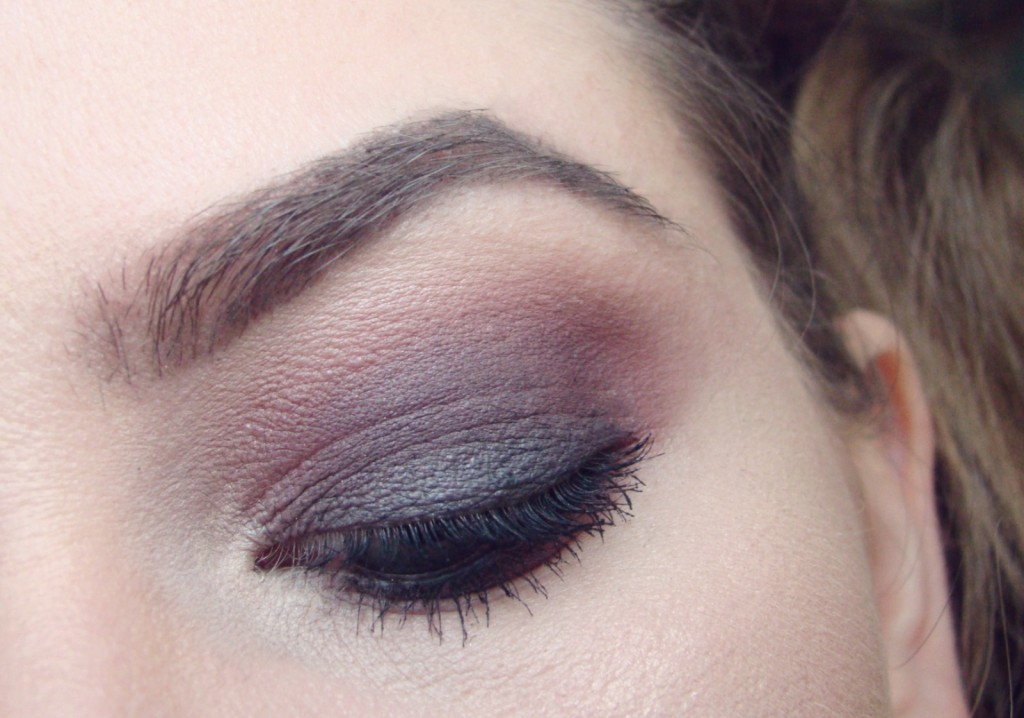 Nachgeschminkt Black Smokey Eyes Look2