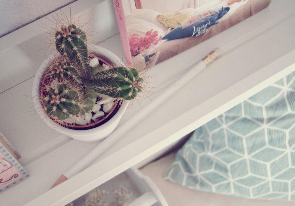 gartenmobel paletten bauanleitung kreative bilder f r zu. Black Bedroom Furniture Sets. Home Design Ideas