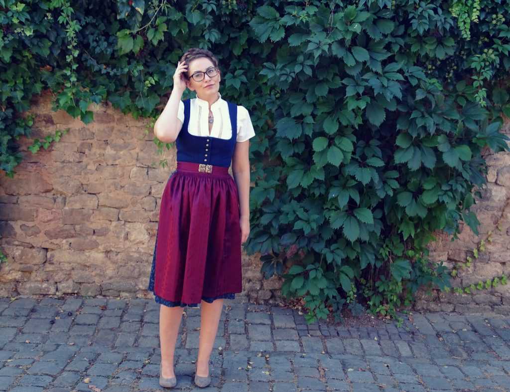 dirndl-traditionell-angermaier-trachten-007