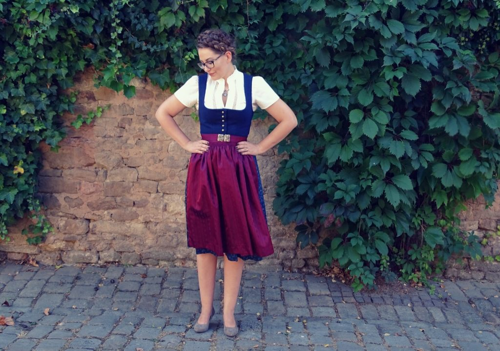 dirndl-traditionell-angermaier-trachten-008
