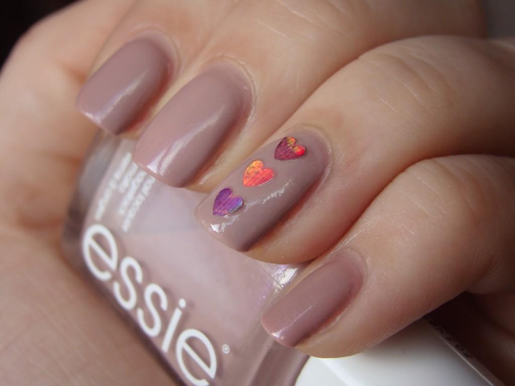 valentins day manicure