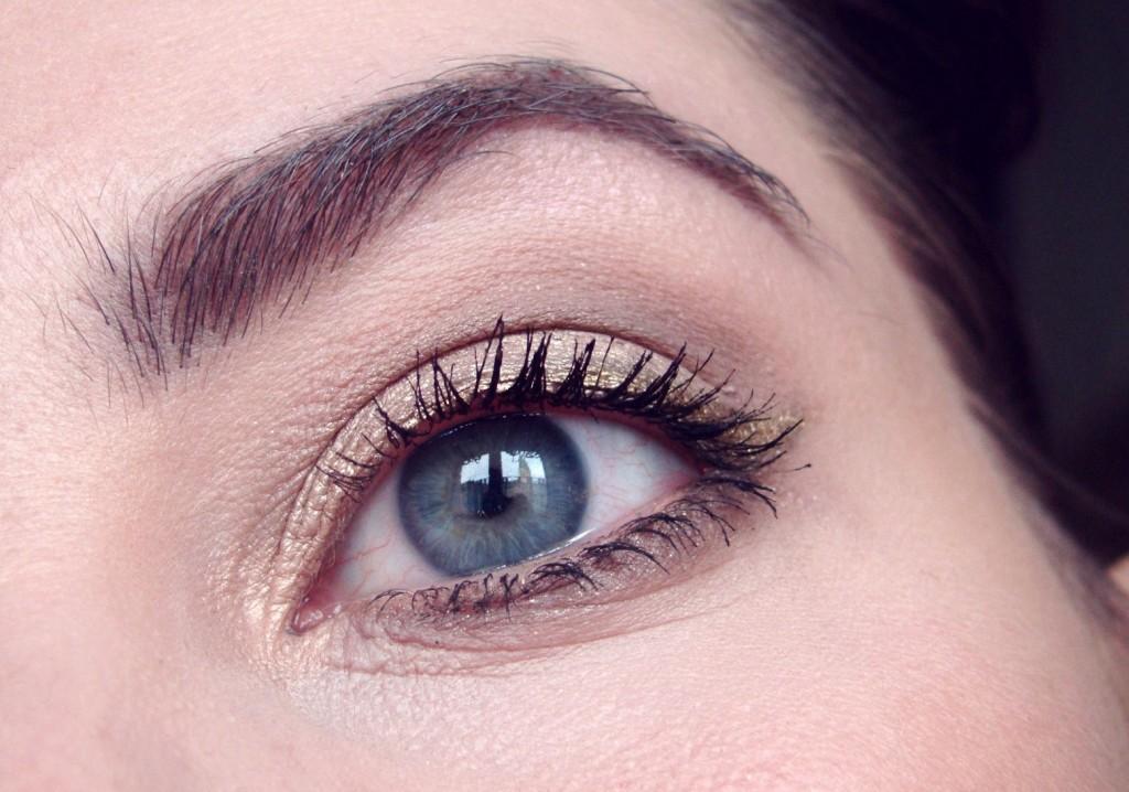 A Nachgeschminkt Februar golden Eyeliner look-002