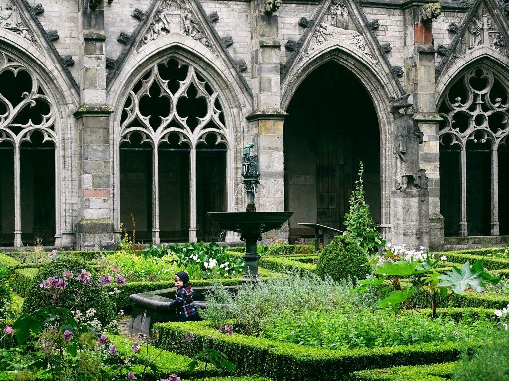 Utrecht Domturm Klostergarten.58 1