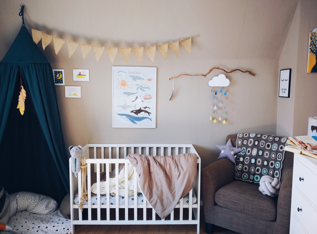 Zwei Kinder Ein Zimmer Vom Gemeinsamen